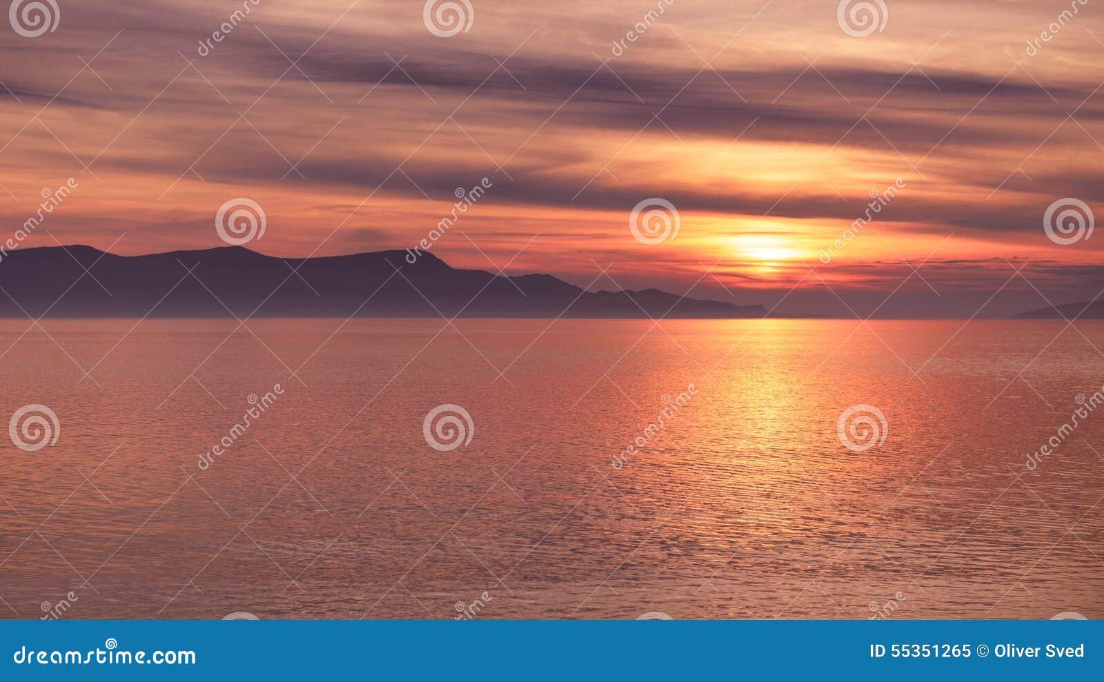 Vista scenica di piccola isola