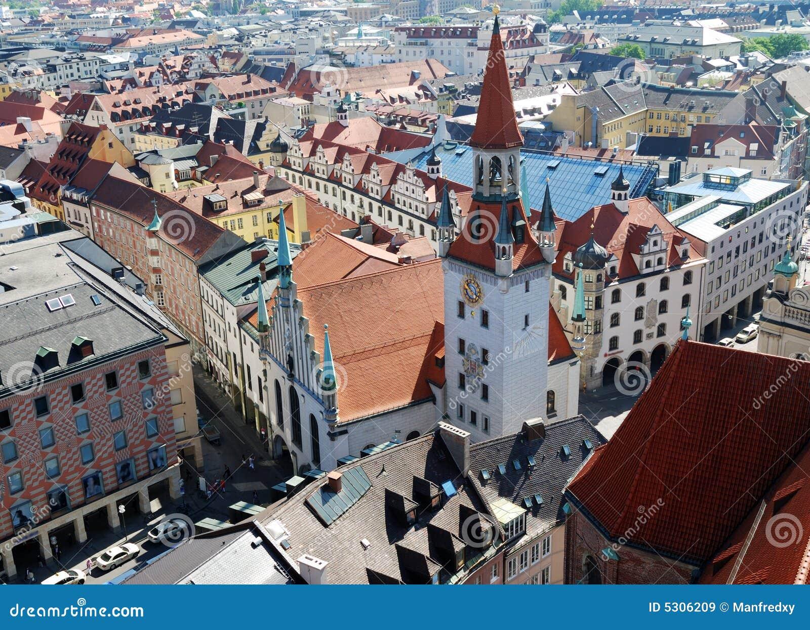 Download Vista Sopra Monaco Di Baviera Immagine Stock - Immagine di città, architettura: 5306209