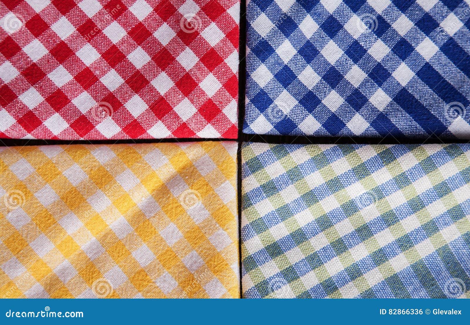 3e6df9a43c39 Vista Sopraelevata Colorata Dei Tovaglioli A Quadretti Fotografia ...