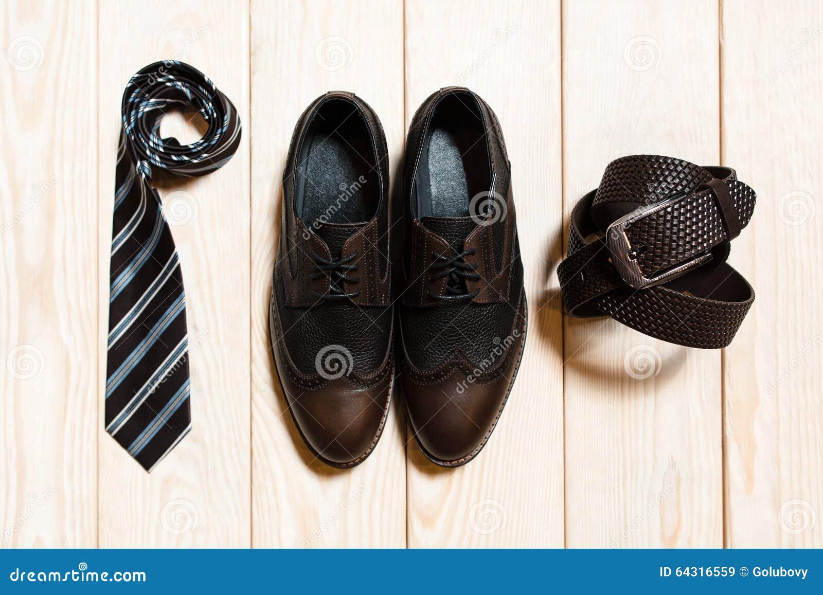 Vista superior del accesorio conservador para hombre del estilo
