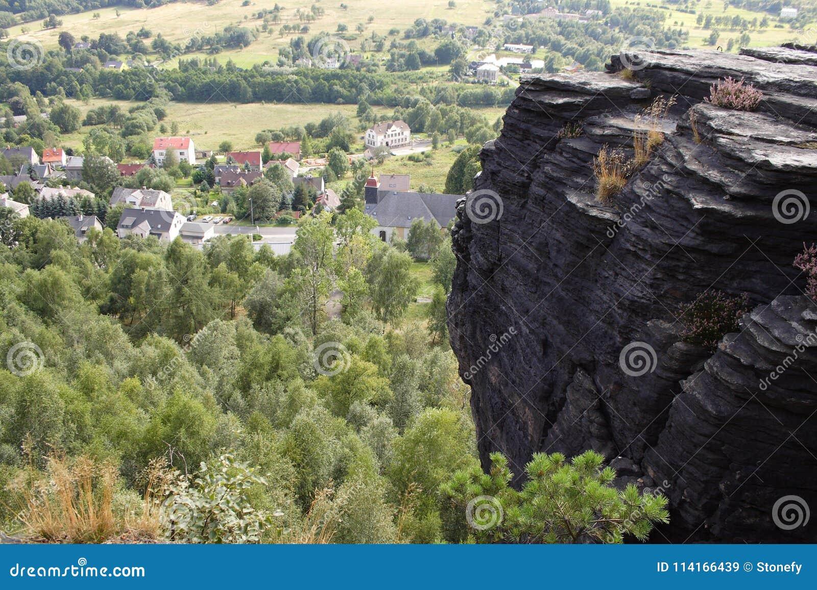 Vista superiore della collina della città