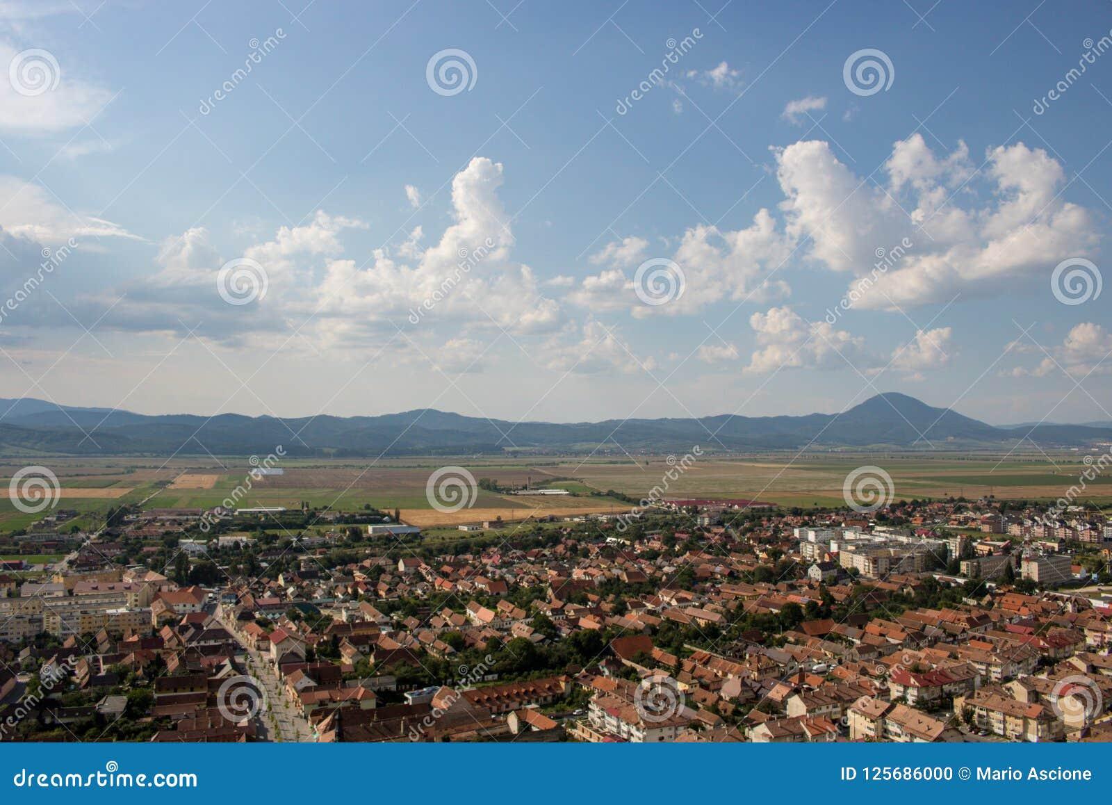 Vista superiore di Rasnov in Romania