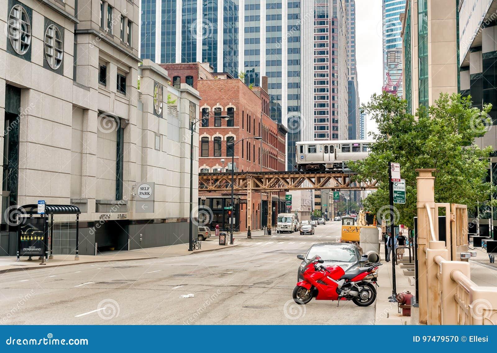 Vista urbana del centro delle vie di Chicago