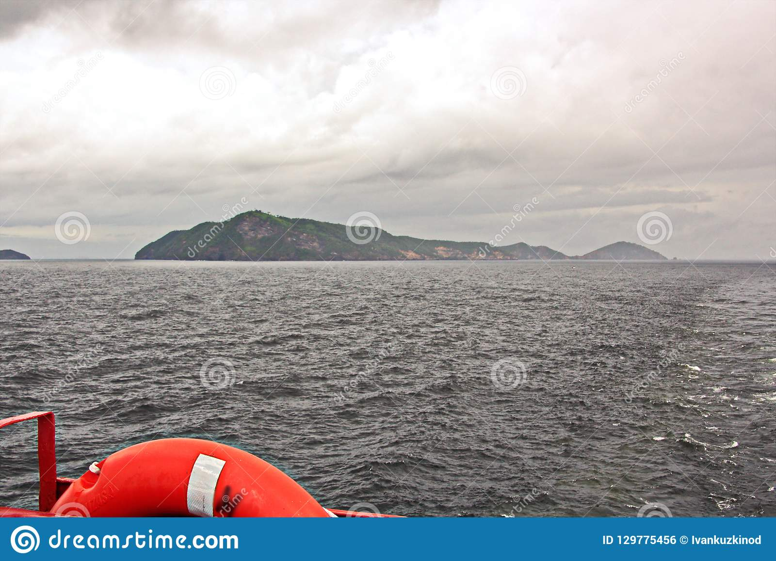 Viste del paesaggio della linea costiera e della strada delle navi bunkering Isole di Trinidad e Tobago