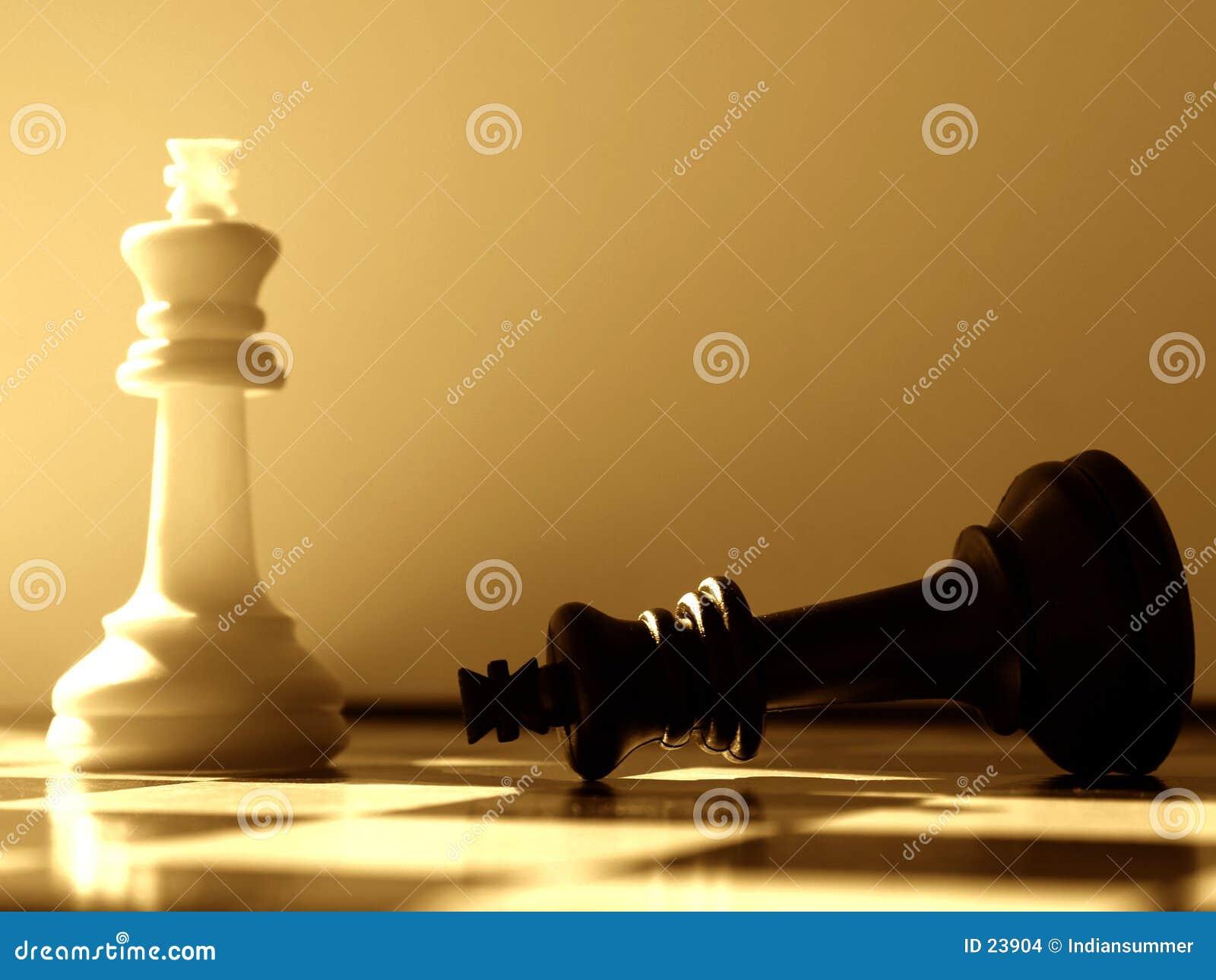 Vitórias do branco da encenação da xadrez