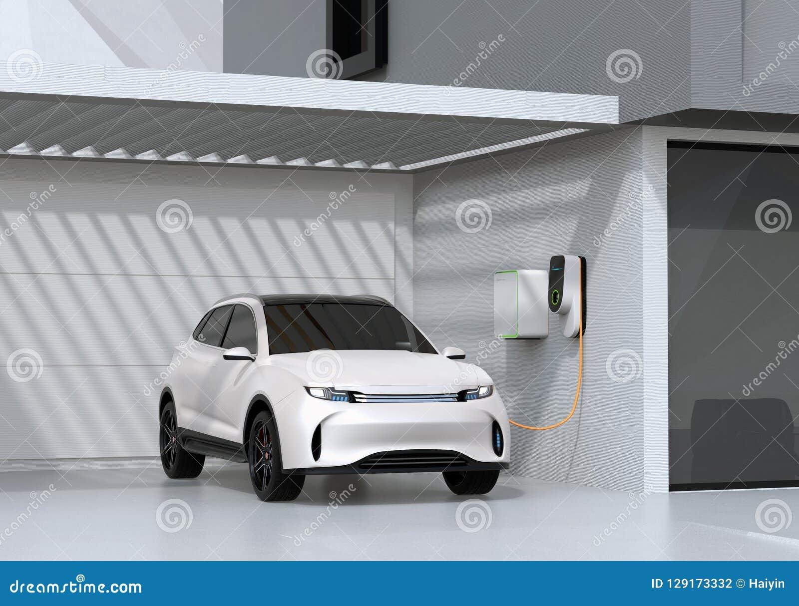Vit elkraft driven SUV uppladdning i garage