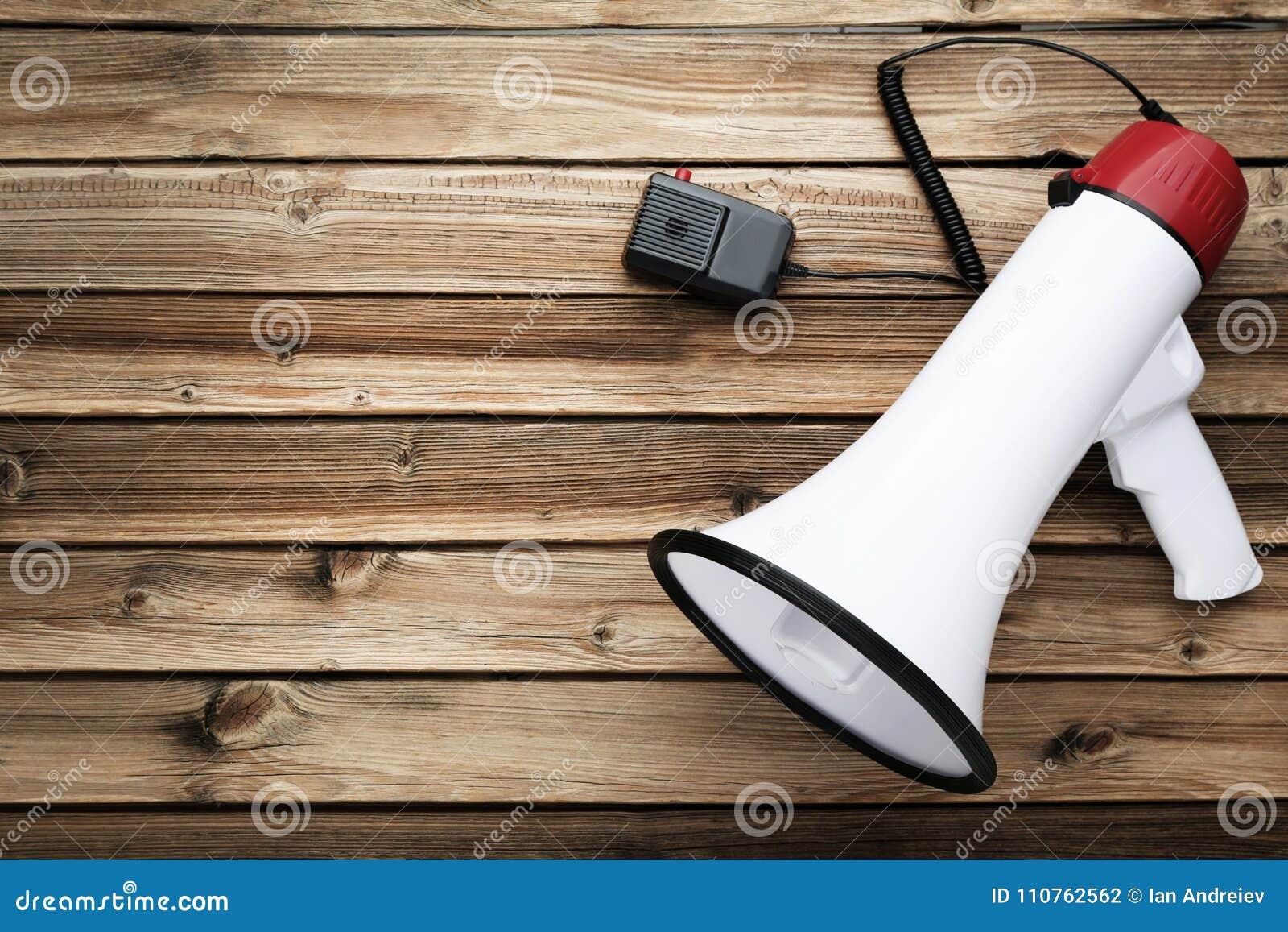 Vit megafon