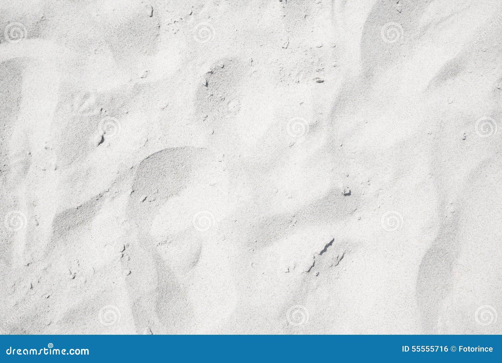 Vit sand på stranden