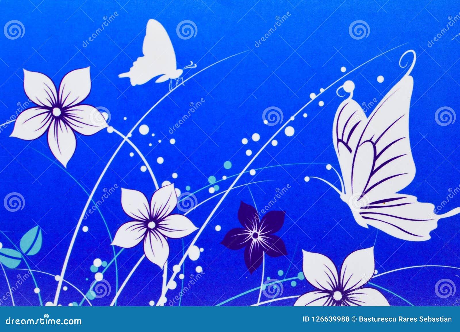 Vita blommor och fjärilar som dras på blå bakgrund