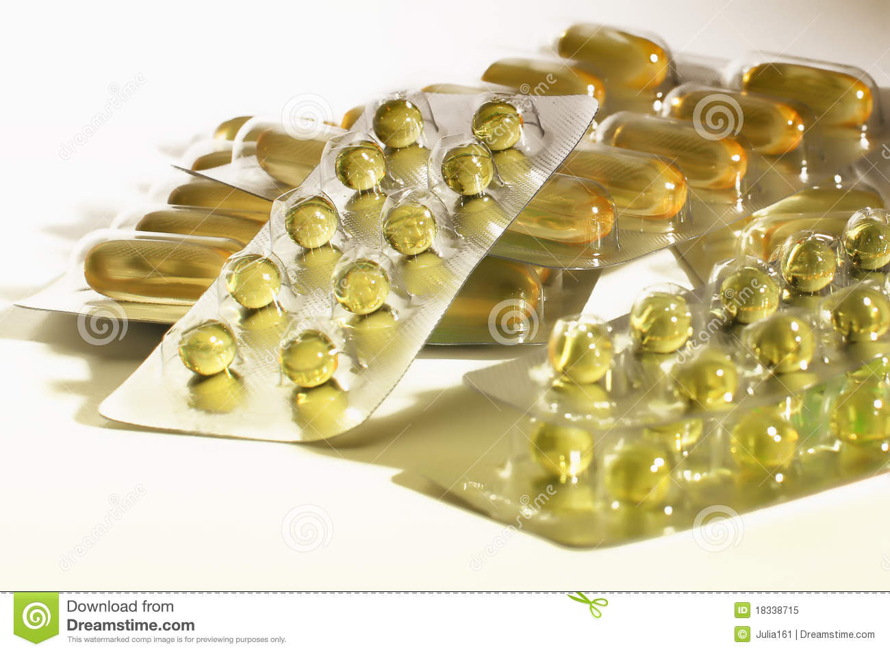 Vitamin E capsules. Its effect on the body 22