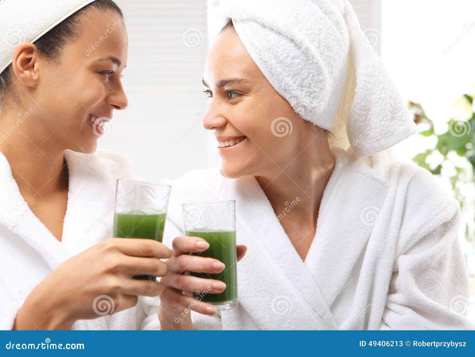 Download Vitaminbombe, Proteincocktail Stockbild - Bild von wohnzimmer, freude: 49406213
