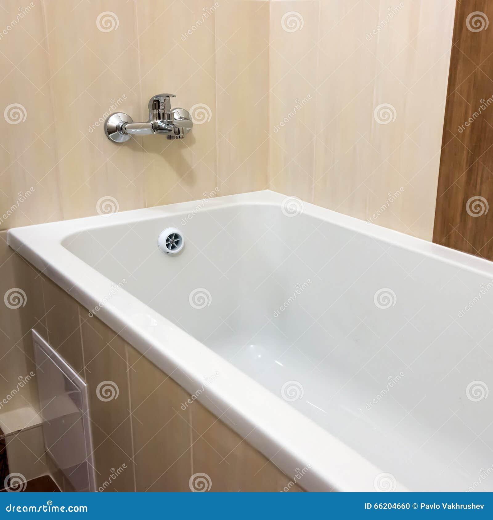 Lyxigt badkar med fnster foton – 91 lyxigt badkar med fnster ...