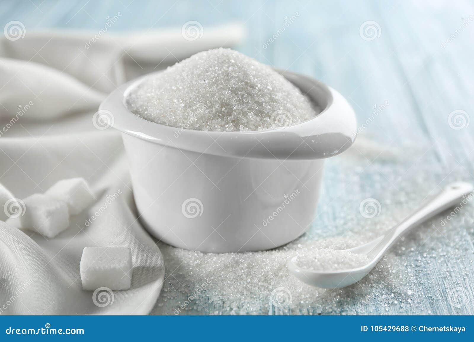 Vitt sandsocker i bunke