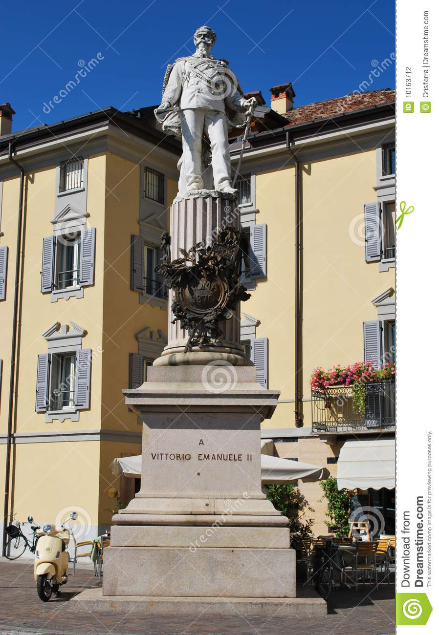 Lodi Italy  City new picture : Vittorio Emanuele II Statue In Lodi, Italy Stock Photography Image ...