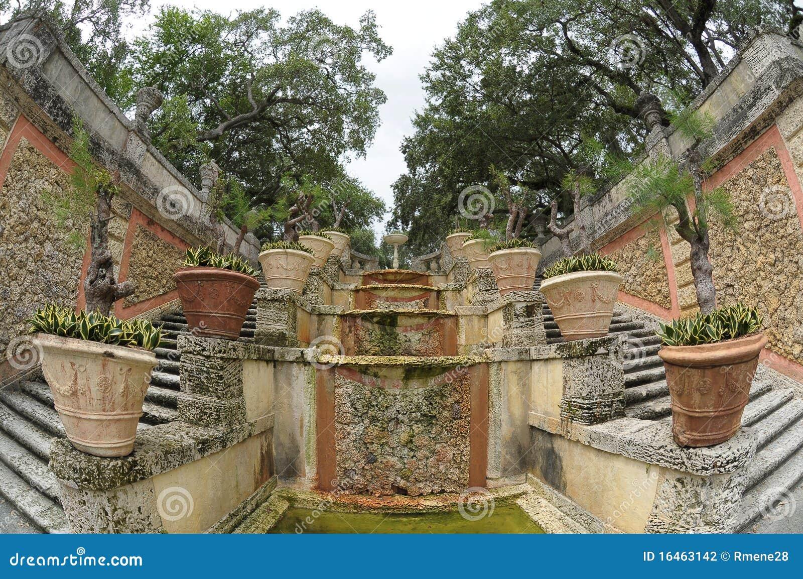 Vizcaya gardens stock photo. Image of plants, sunken - 16463142