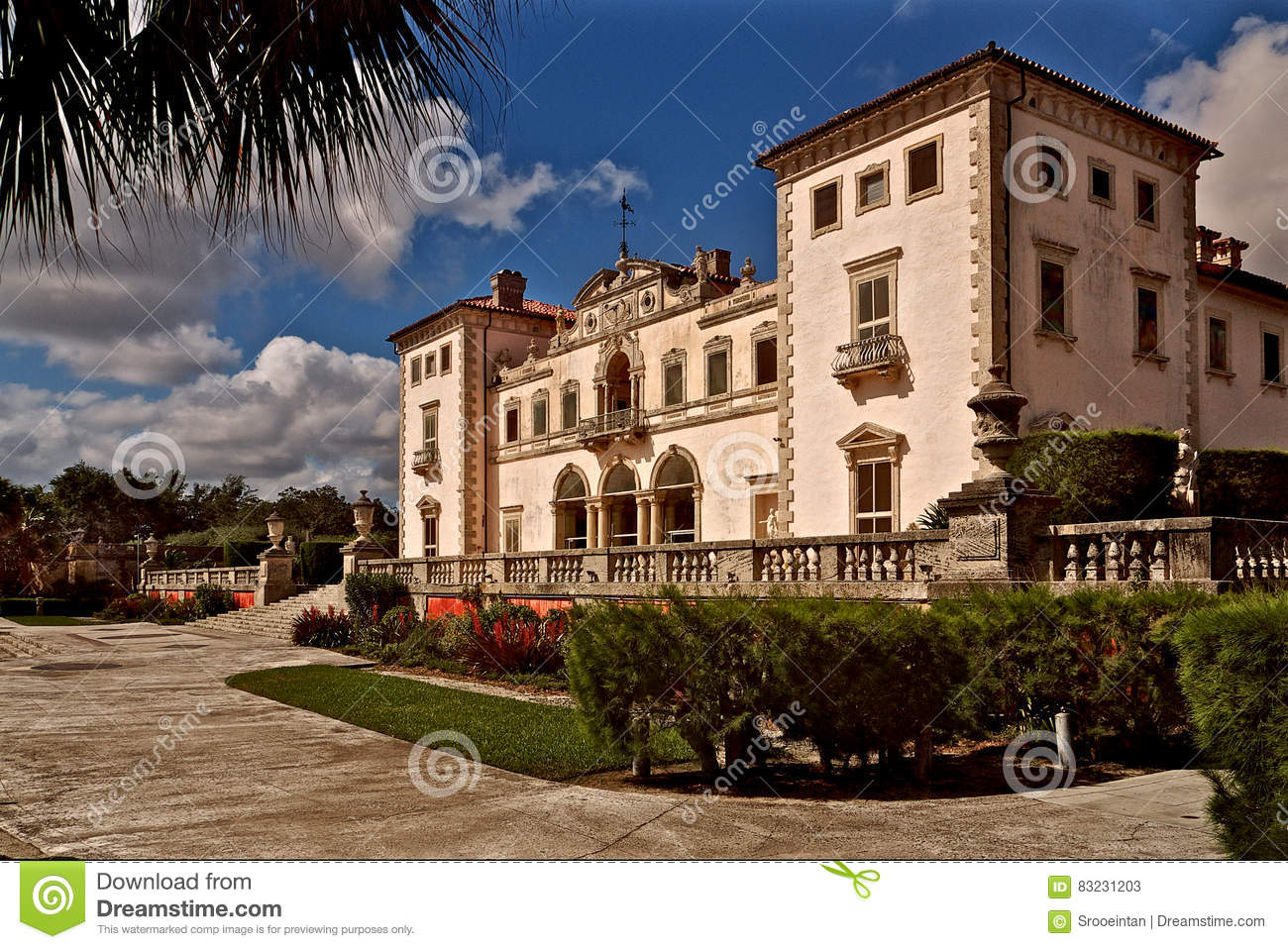 Vizcaya Museum And Gardens East Terrace In Miami Stock Image - Image ...
