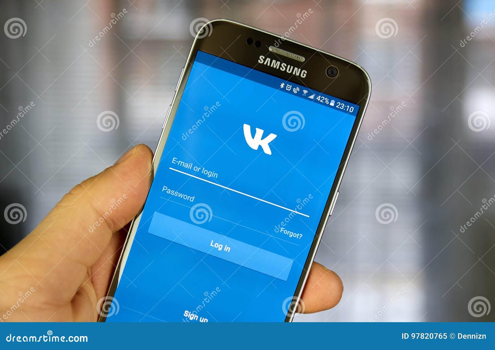 Vkontakte Application On Samsung S7 Screen Editorial Image ...