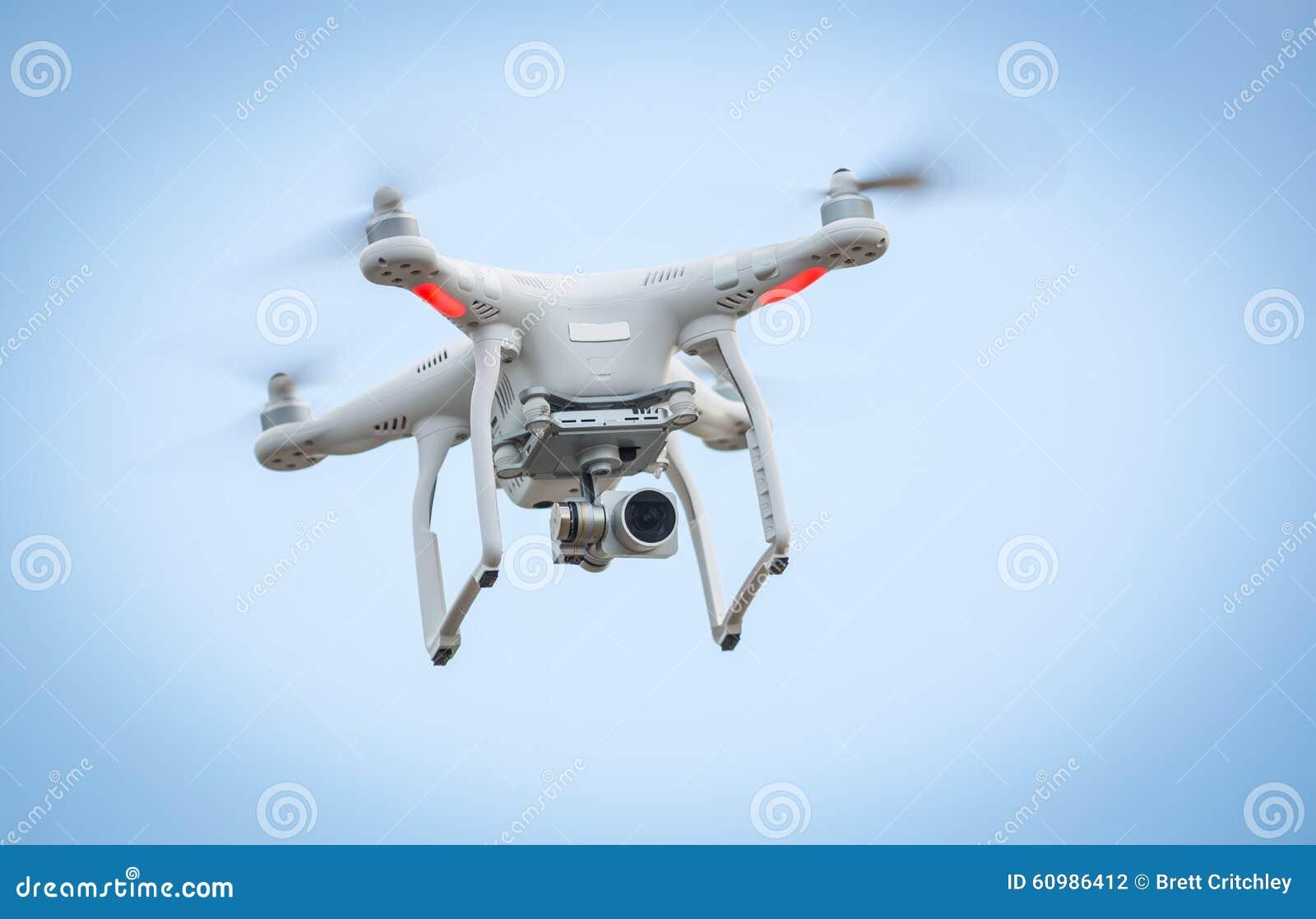 Vliegende hommel met camera