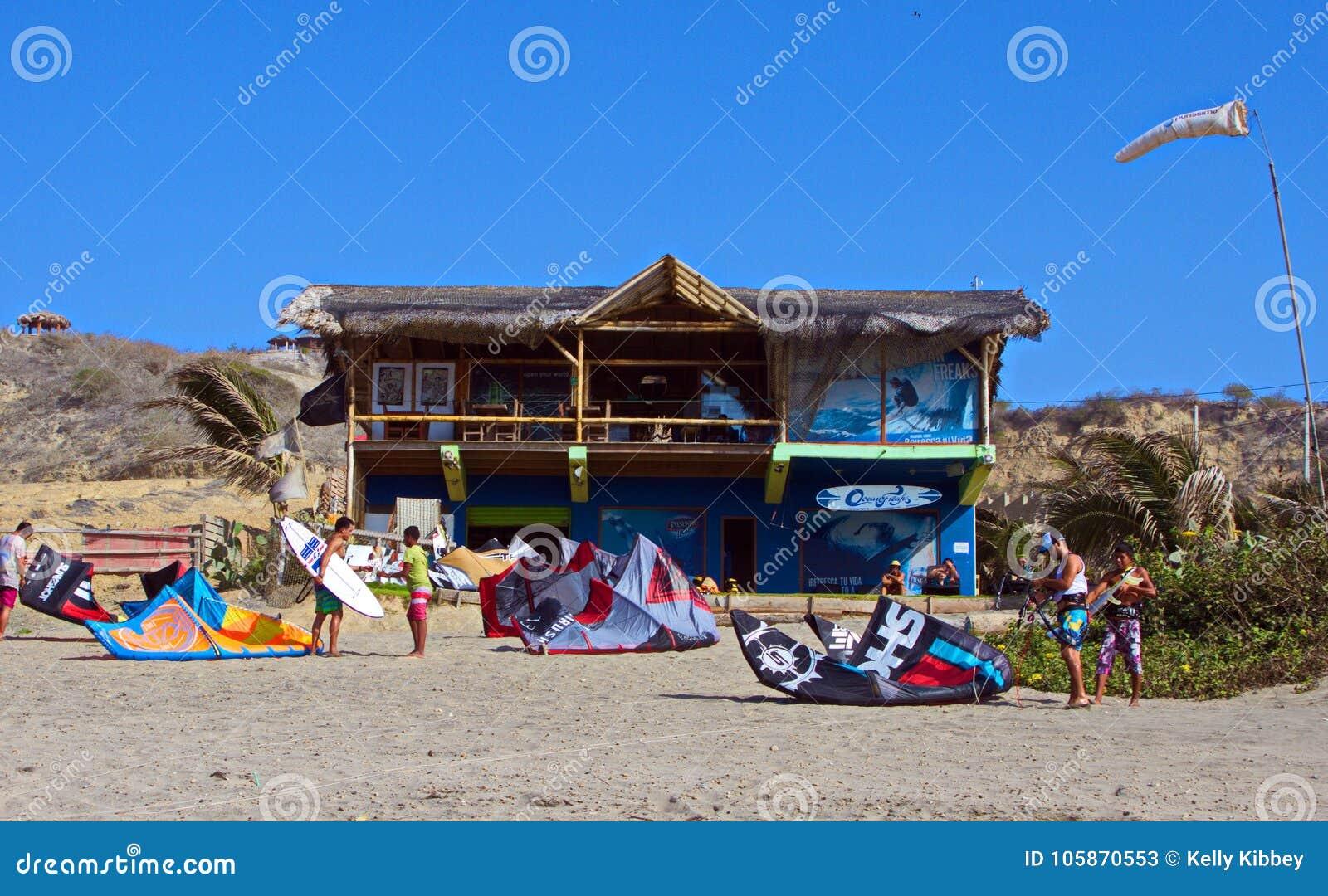 Vlieger het Surfen School, Santa Marianita Beach Ecuador