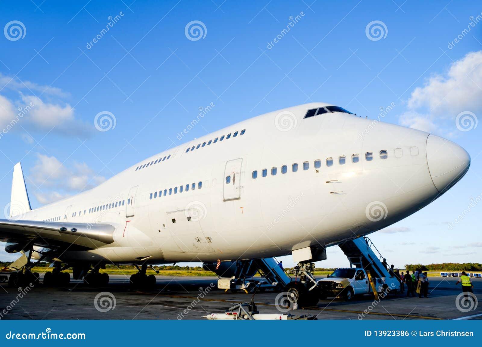 Vliegtuig in luchthaven