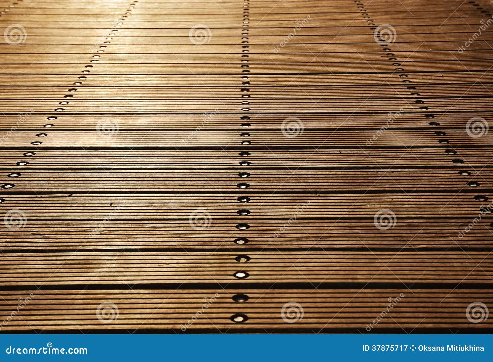 Vloerraad van de houten pijler van Zoutkamp