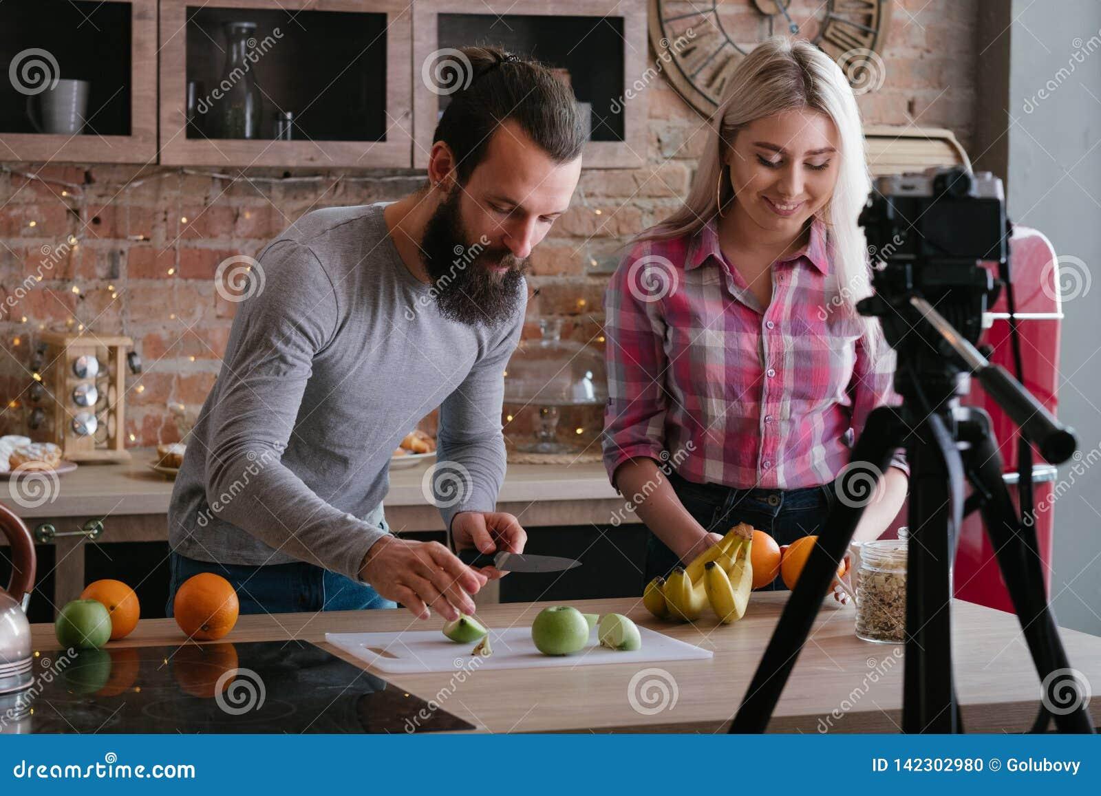 Vlog zdrowego odżywiania bloga pary karmowy wideo
