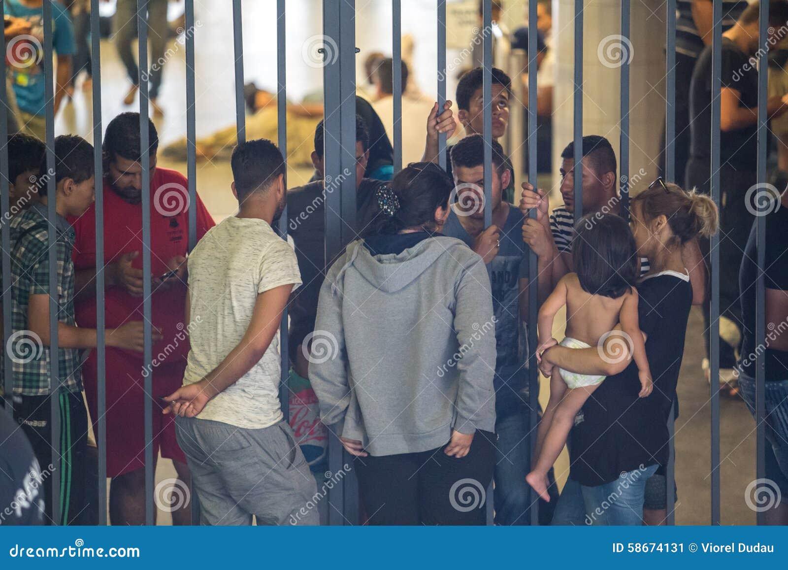 Vluchtelingen bij Keleti-station in Boedapest
