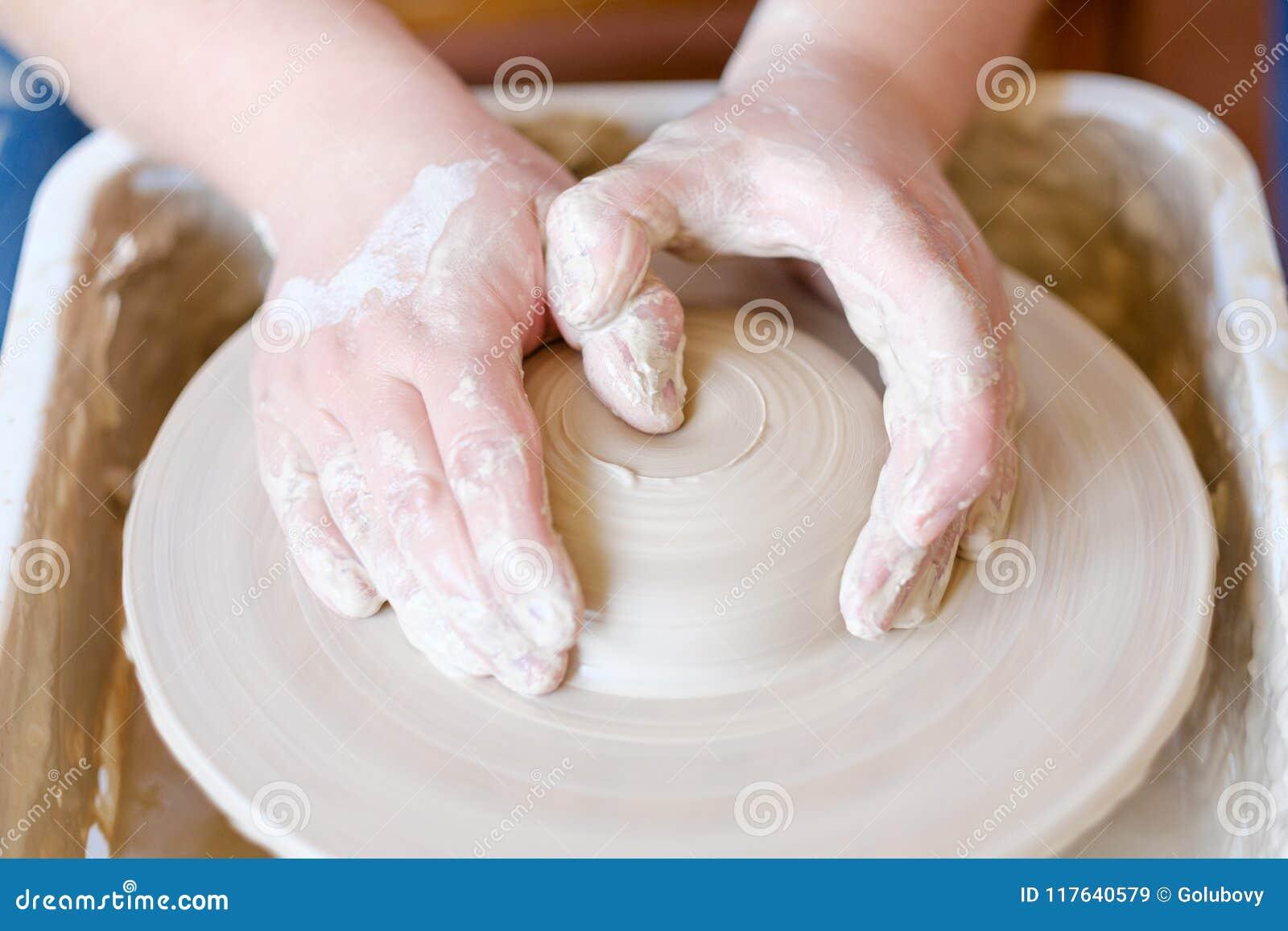 Vocation artistique de passe-temps d artisan de poterie créative