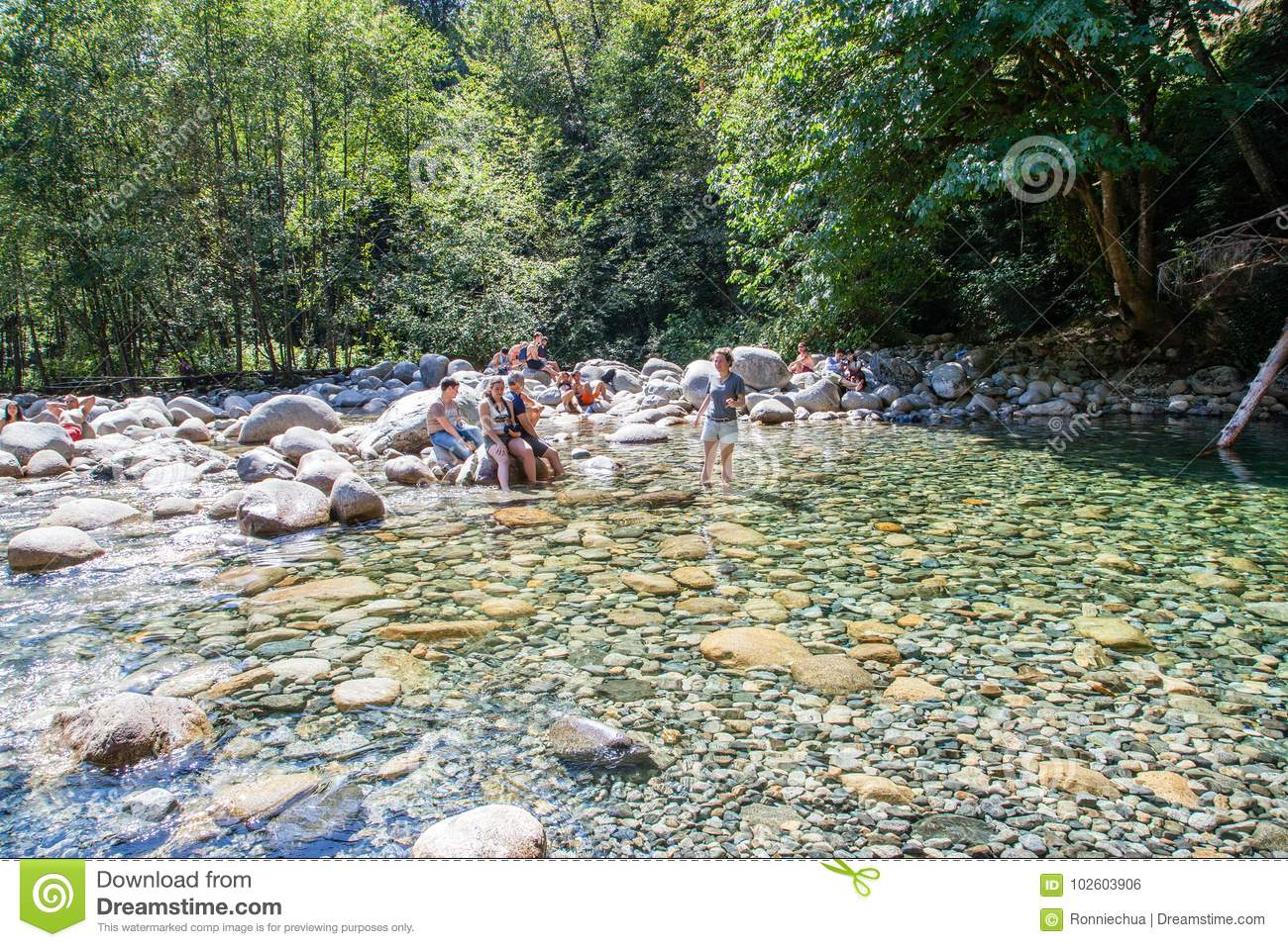 30 voetpool in Lynn Canyon Park, Canada
