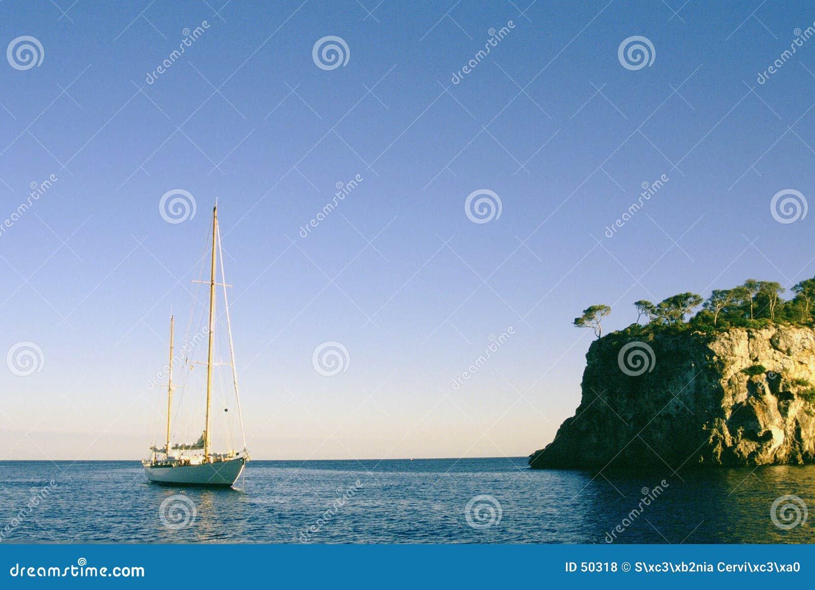 Download Voile photo stock. Image du détendez, voile, yacht, couleur - 50318