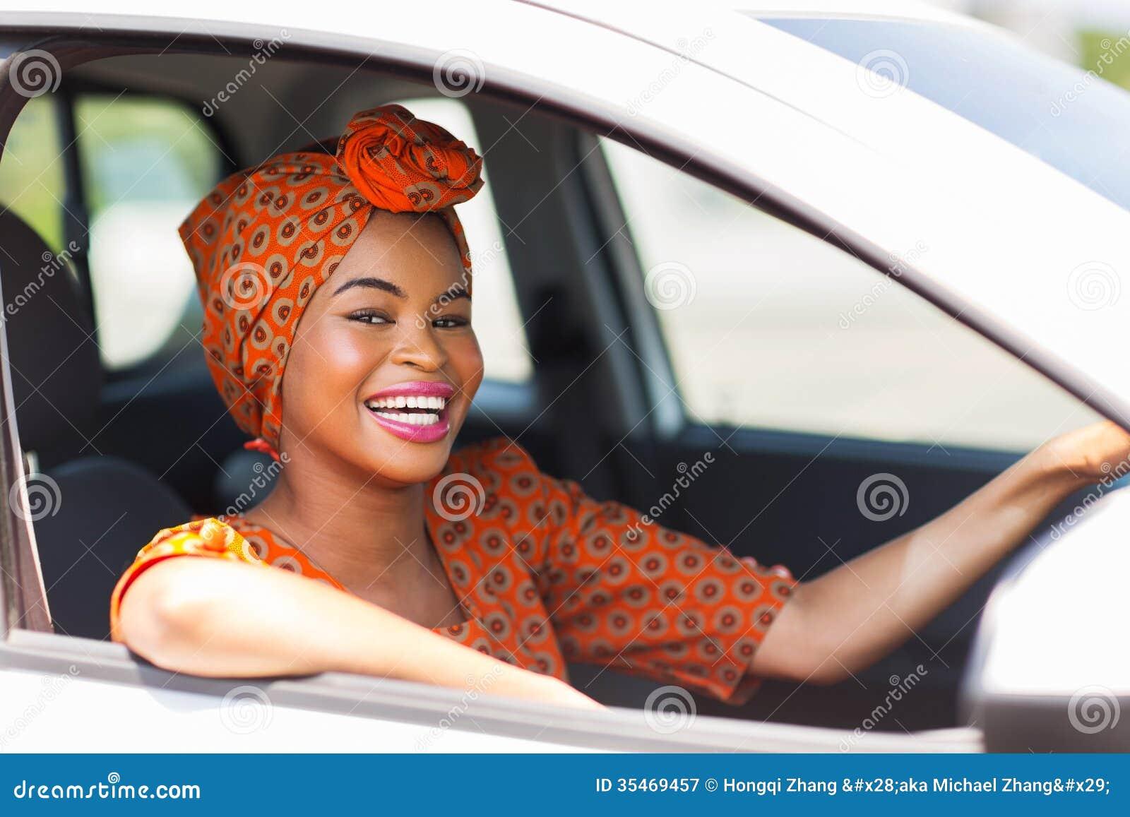 voiture africaine de femme image stock image du beau 35469457. Black Bedroom Furniture Sets. Home Design Ideas