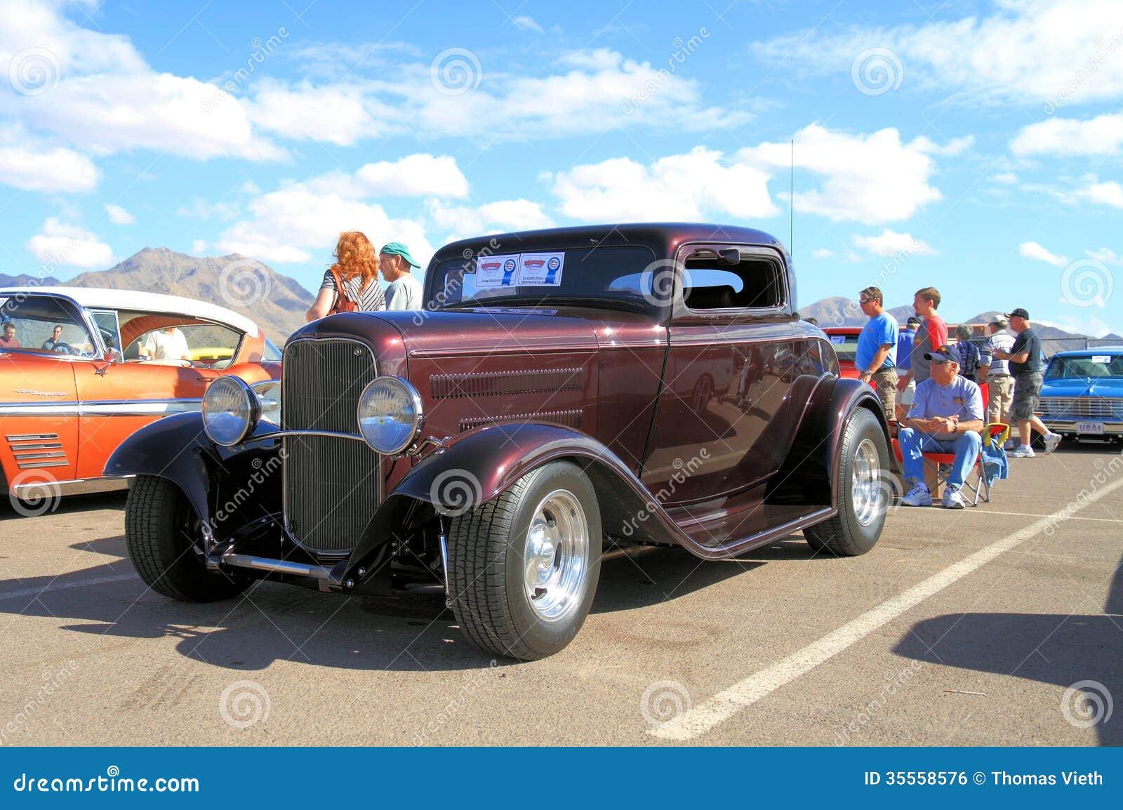 voiture ancienne 1932 coup de fen tre de ford 3 photo ditorial image 35558576. Black Bedroom Furniture Sets. Home Design Ideas