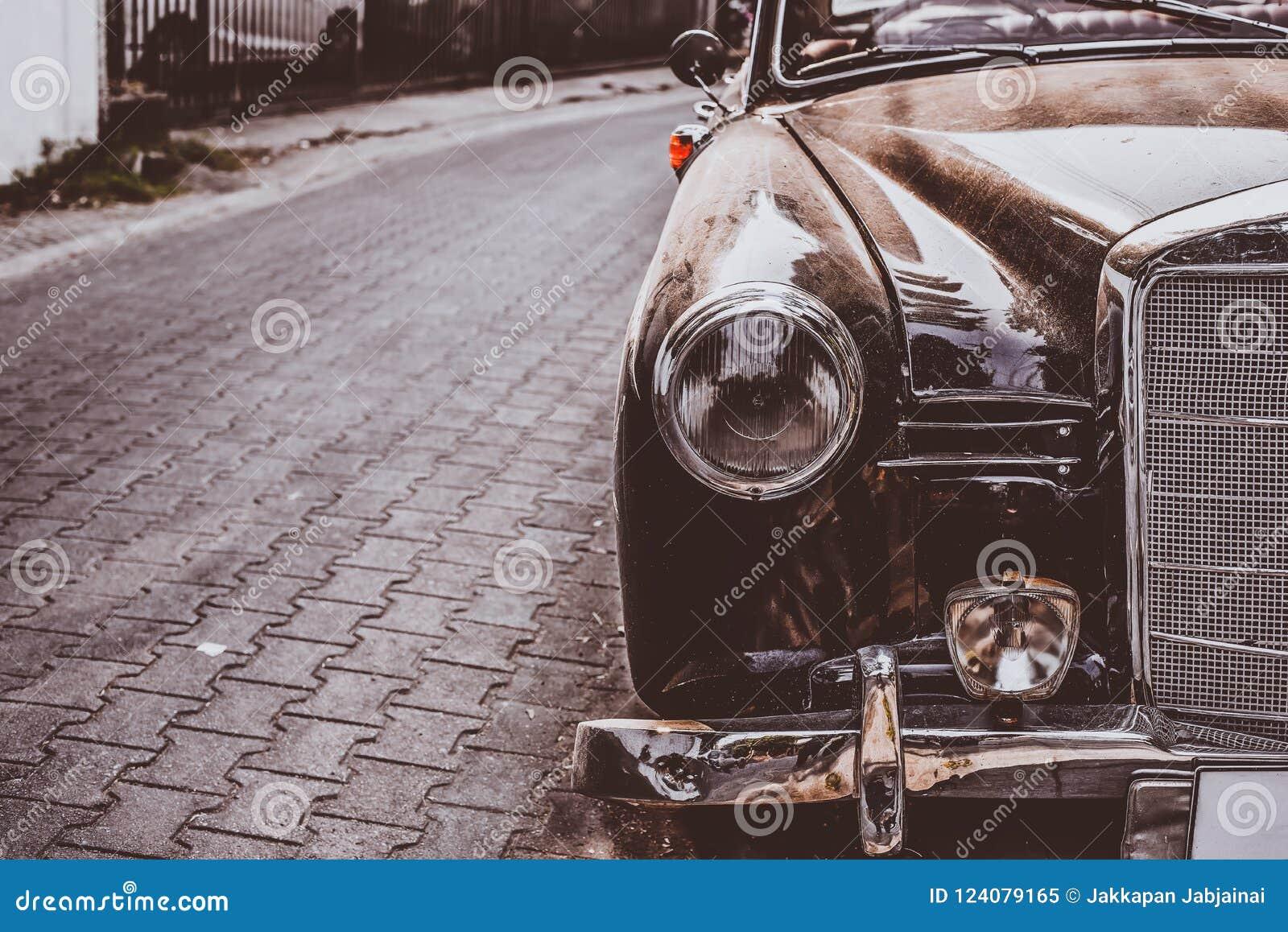 Voiture Ancienne De Lampe De Phare Image Stock Image Du Metal