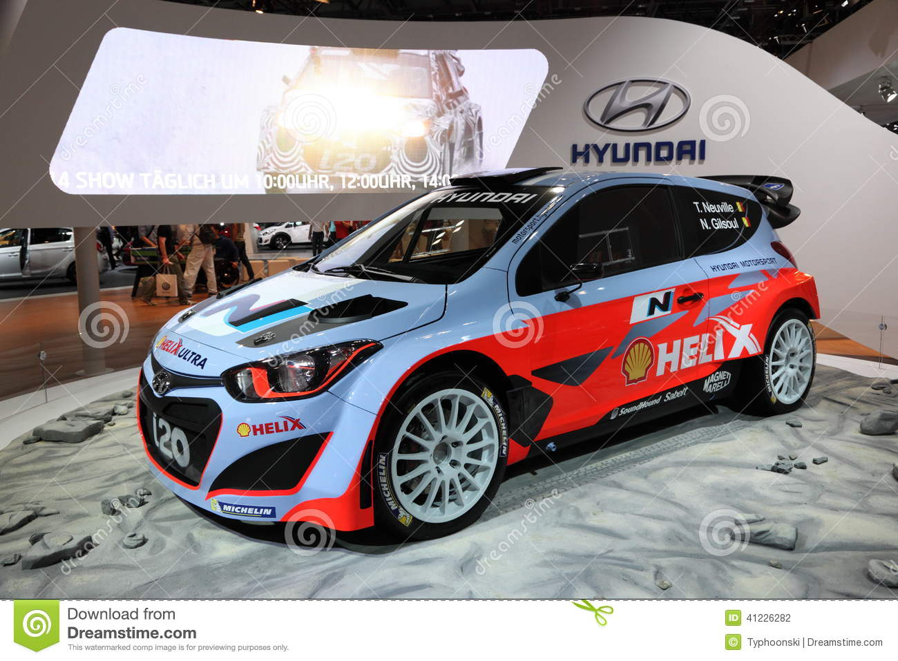 voiture de course de hyundai i20 wrc photographie. Black Bedroom Furniture Sets. Home Design Ideas