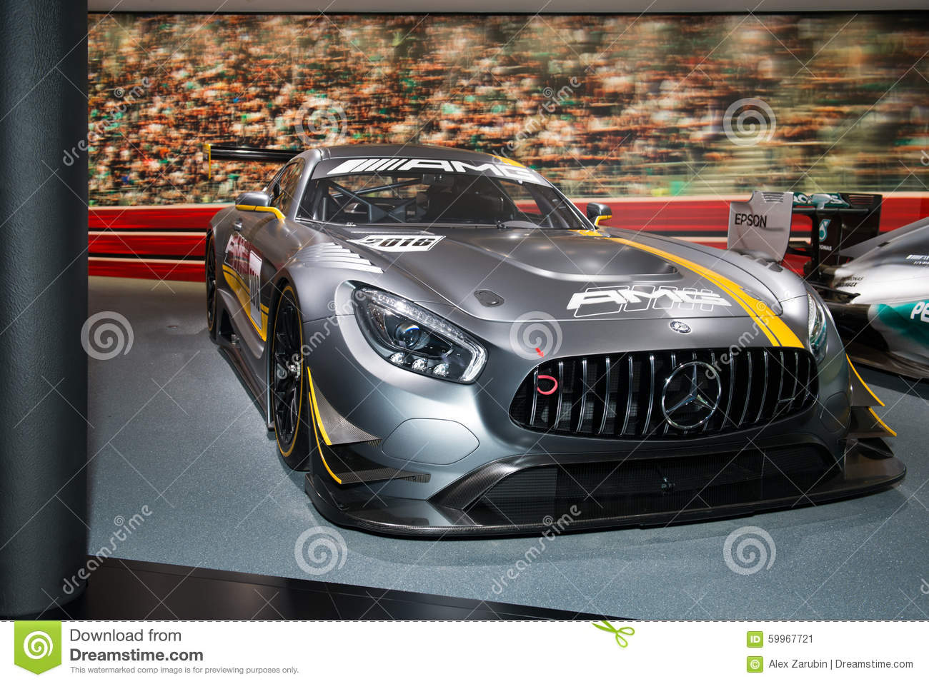 Voiture de course de mercedes amg photo ditorial image du principal sport 59967721 - Voiture de course image ...