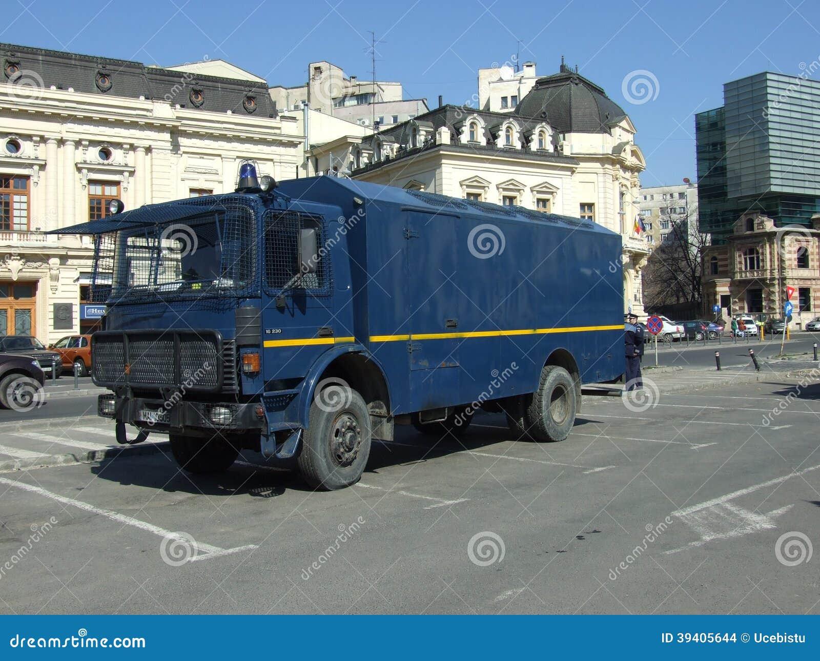 voiture de gendarmerie image stock ditorial image 39405644. Black Bedroom Furniture Sets. Home Design Ideas
