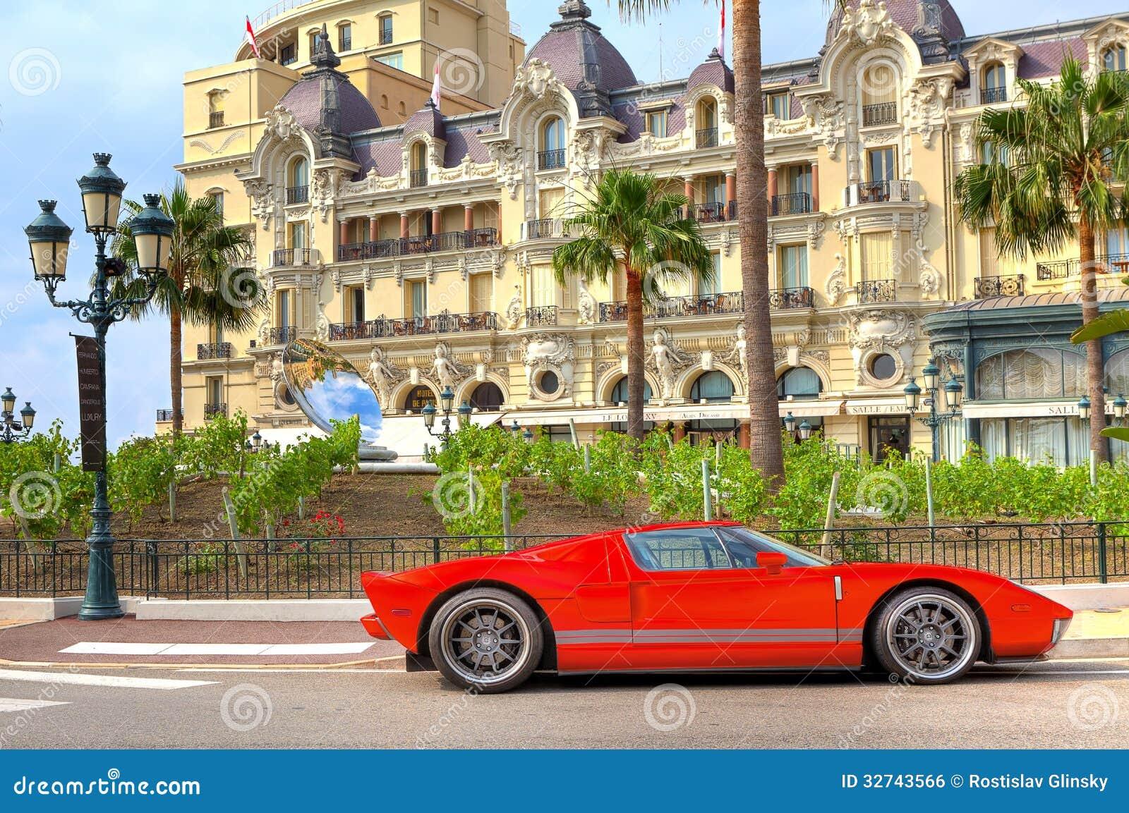 Monte Carlo Bus Tour