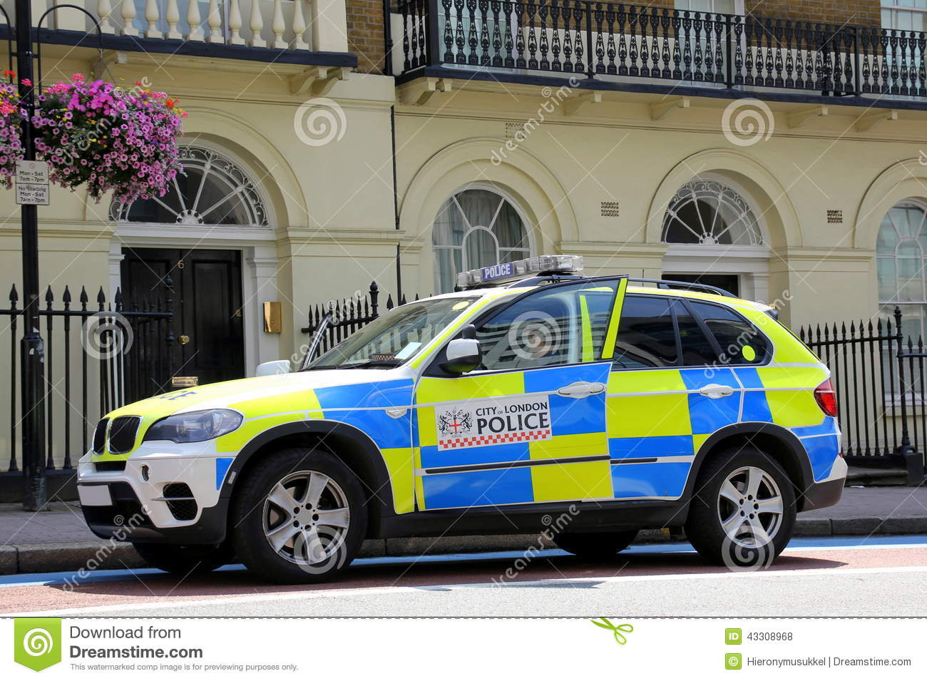 voiture de police de londres photo stock image du bleu patrouille 43308968. Black Bedroom Furniture Sets. Home Design Ideas
