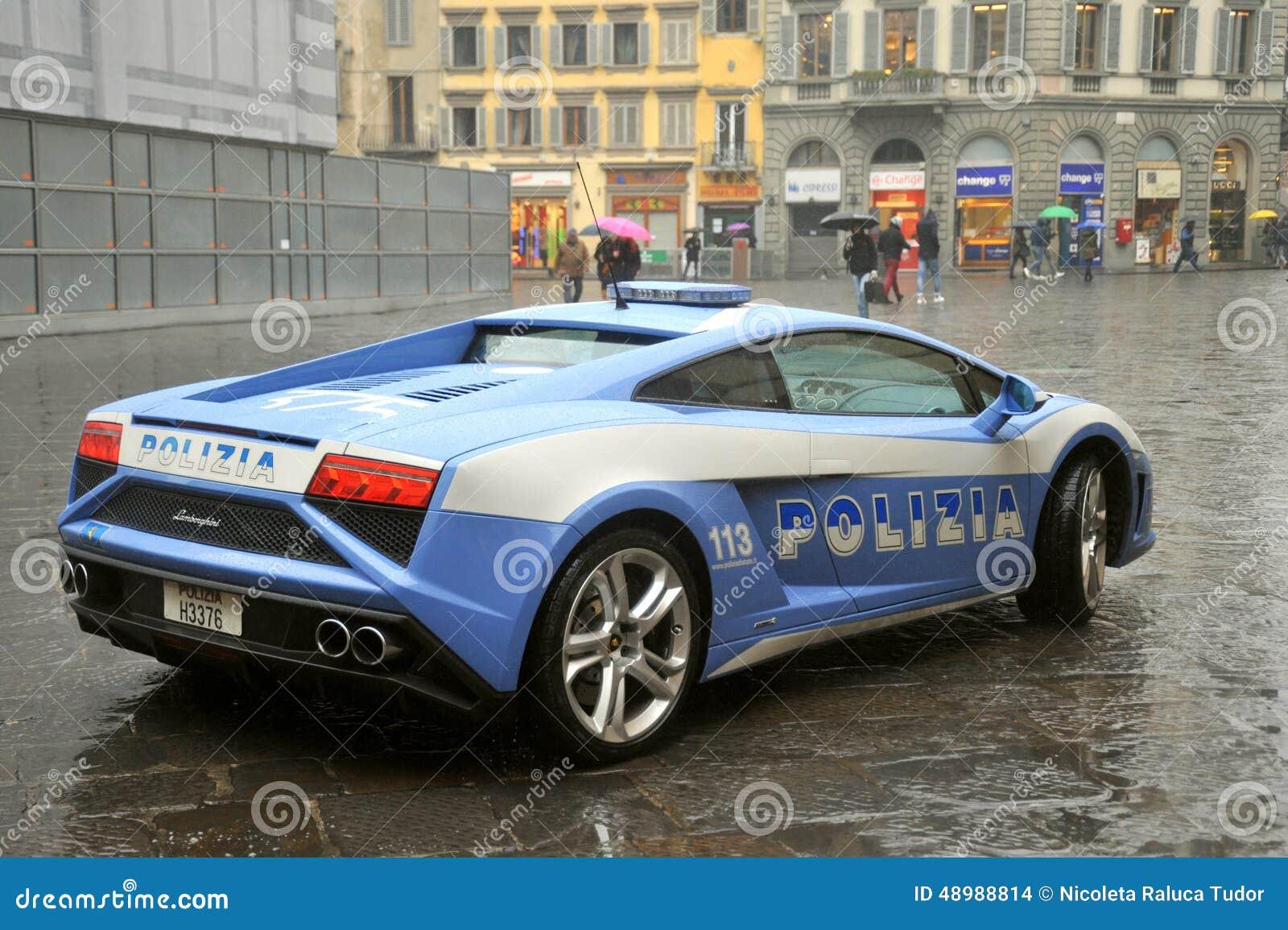 voiture de police de luxe de lamborghini florence italie image stock ditorial image 48988814. Black Bedroom Furniture Sets. Home Design Ideas