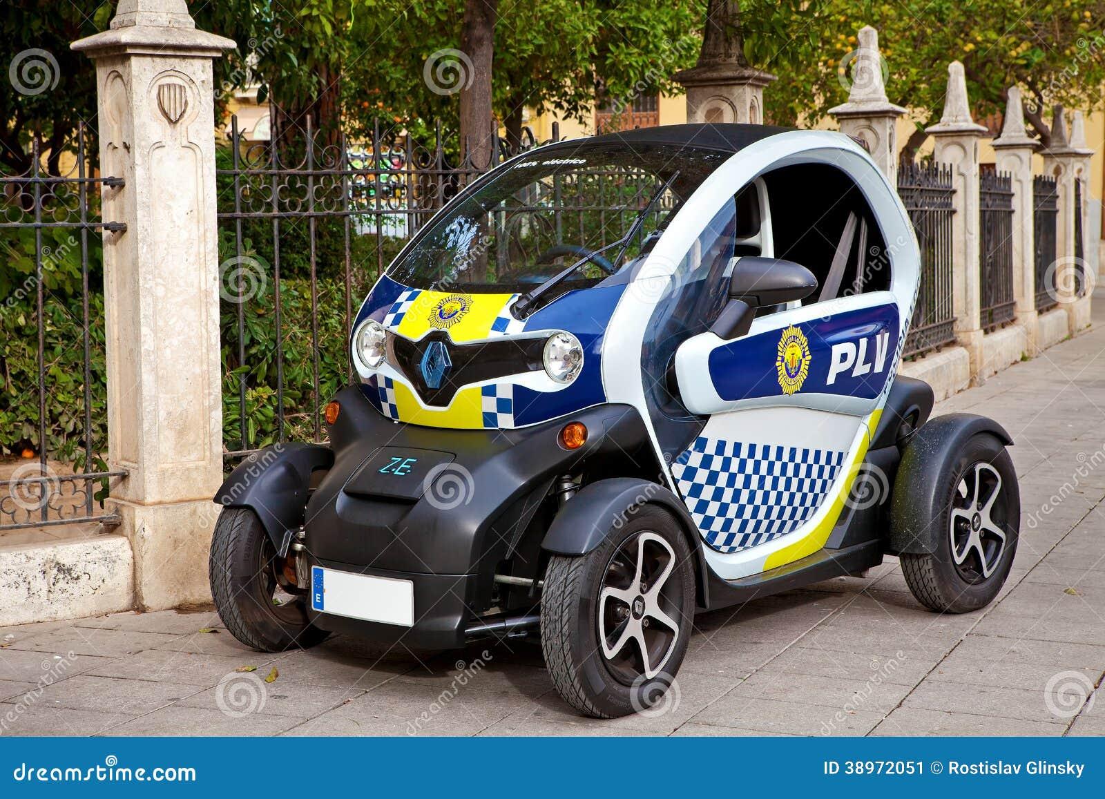 voiture de police de renault twizy valence espagne photo ditorial image du europ en. Black Bedroom Furniture Sets. Home Design Ideas