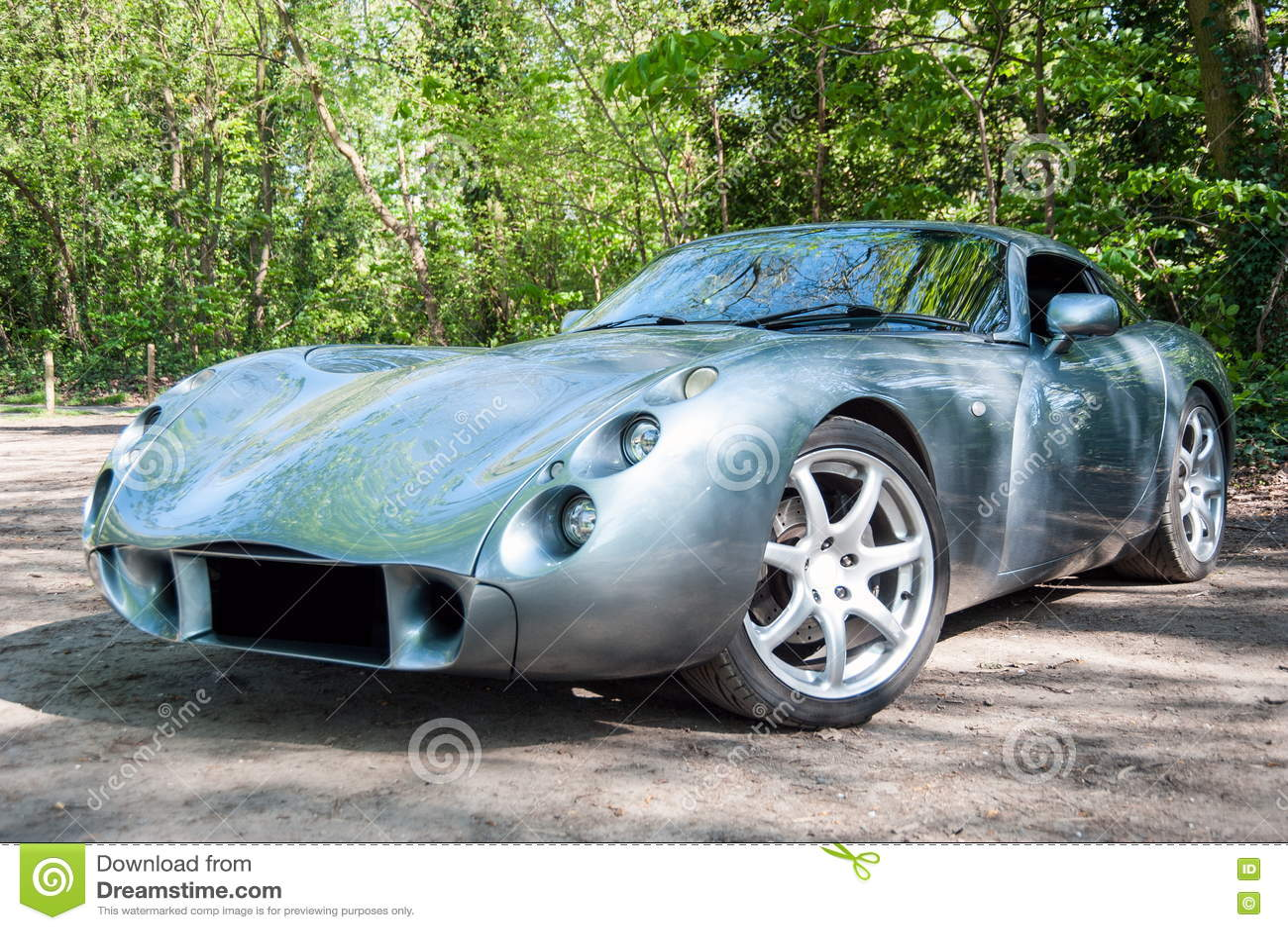 voiture de sport anglaise toscane de tvr image stock image du cher vite 76663781. Black Bedroom Furniture Sets. Home Design Ideas