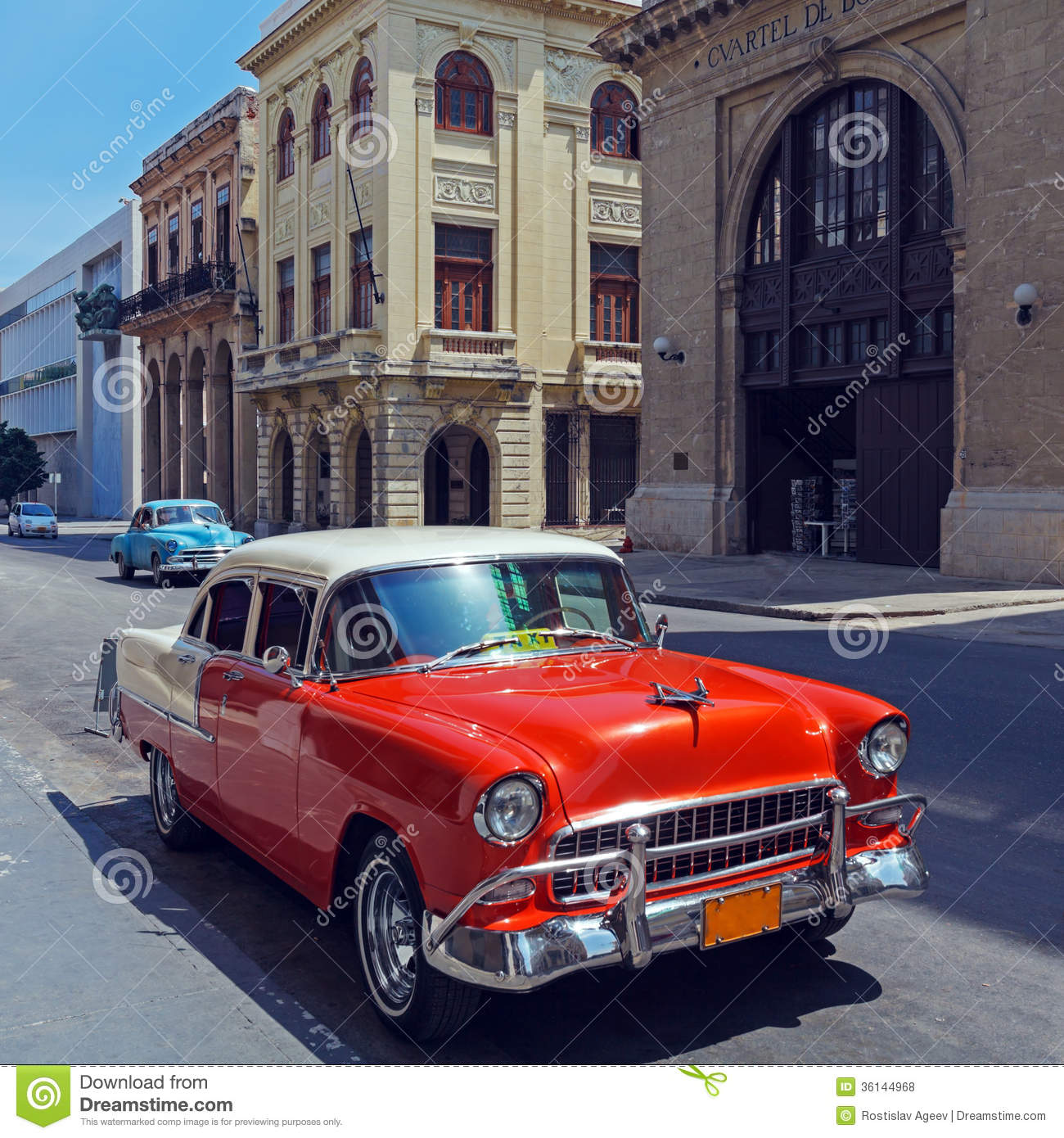 voiture rouge de taxi de vintage la havane cuba photo stock image du cubain v hicule 36144968. Black Bedroom Furniture Sets. Home Design Ideas