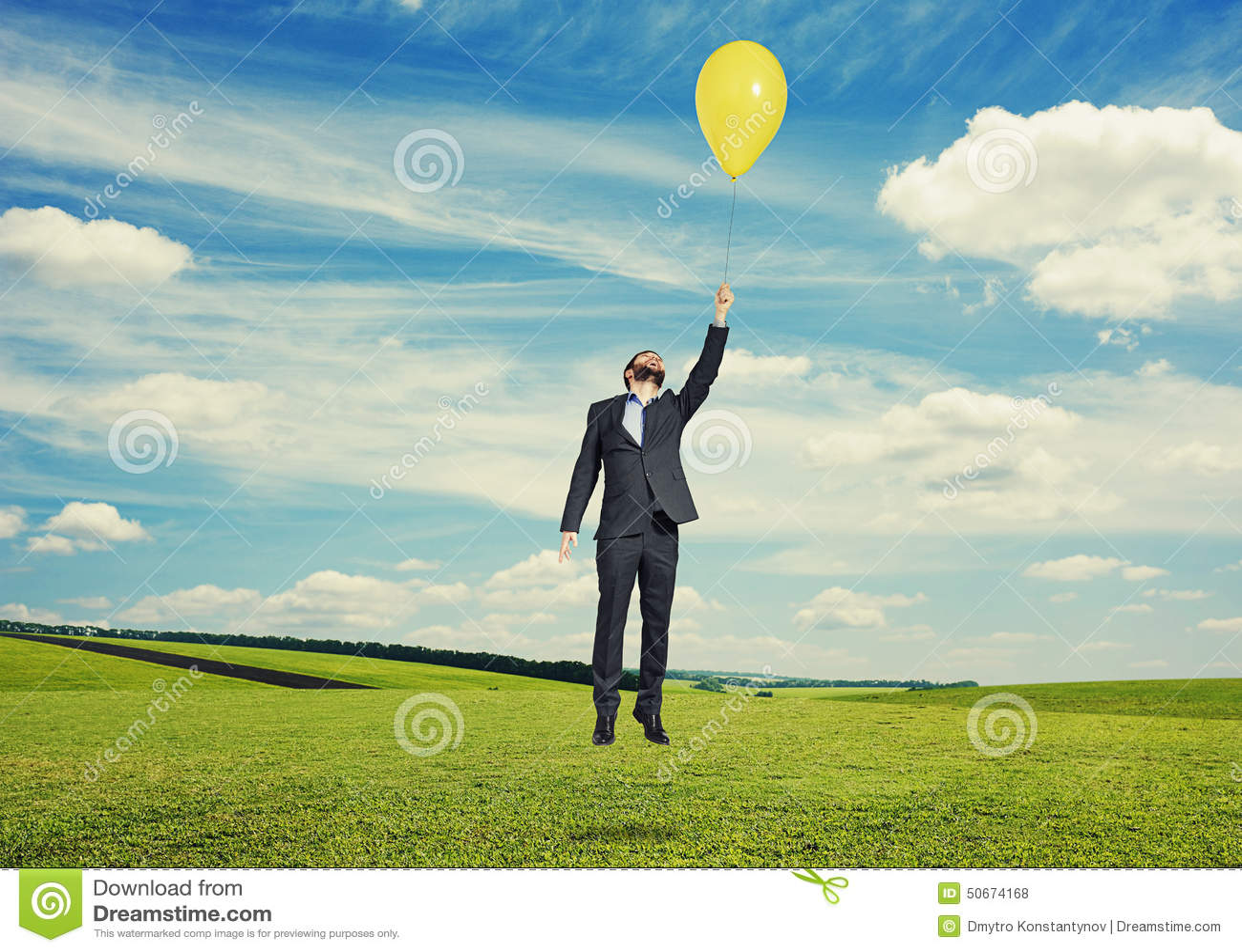 Vol d homme avec le ballon à extérieur