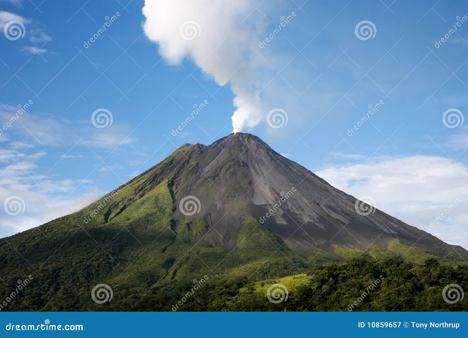 Volcán de Arenal en Costa Rica