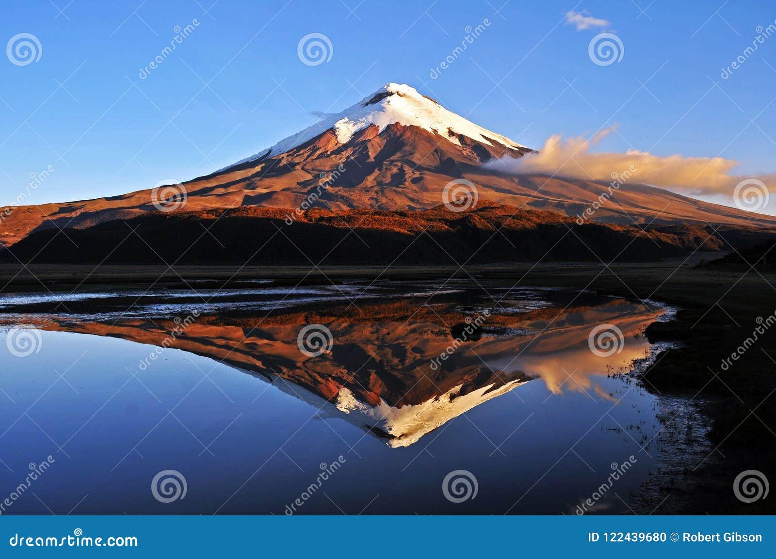 Volcan du Cotopaxi et de Limpiopungo en Equateur