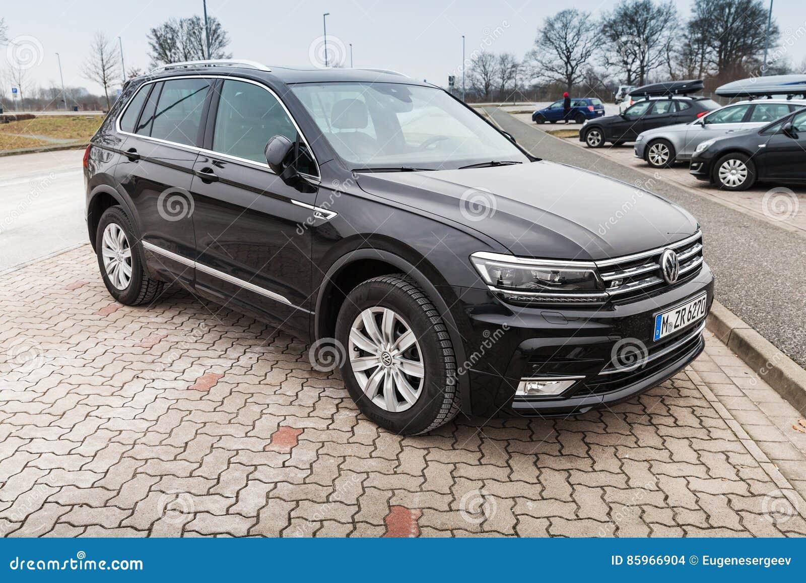 Volkswagen Tiguan R Linha 4x4 Preto Fotos Fotos De Stock Gratuitas E Fotos Royalty Free Dreamstime