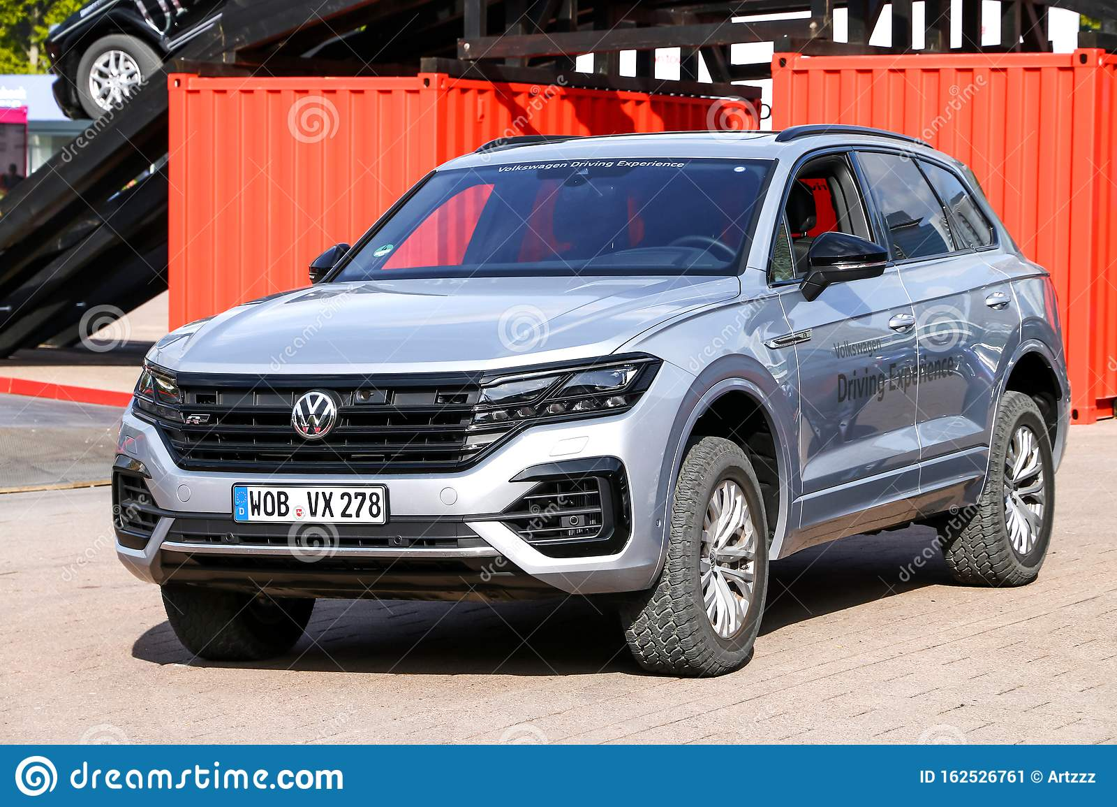 Volkswagen Touareg Editorial Photo Image Of Offroad 162526761
