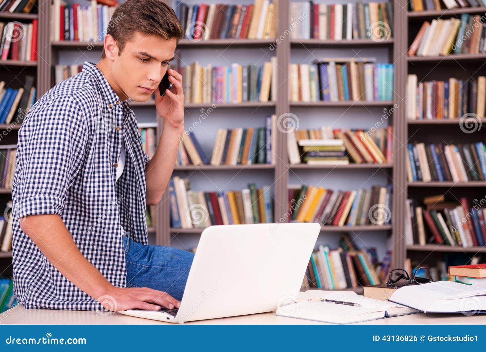 Volledige concentratie bij het bestuderen