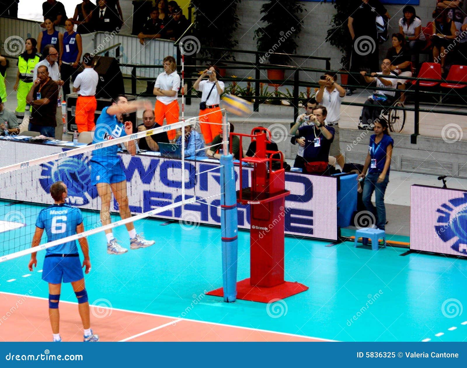 volleyball  alberto cisolla spiking editorial image