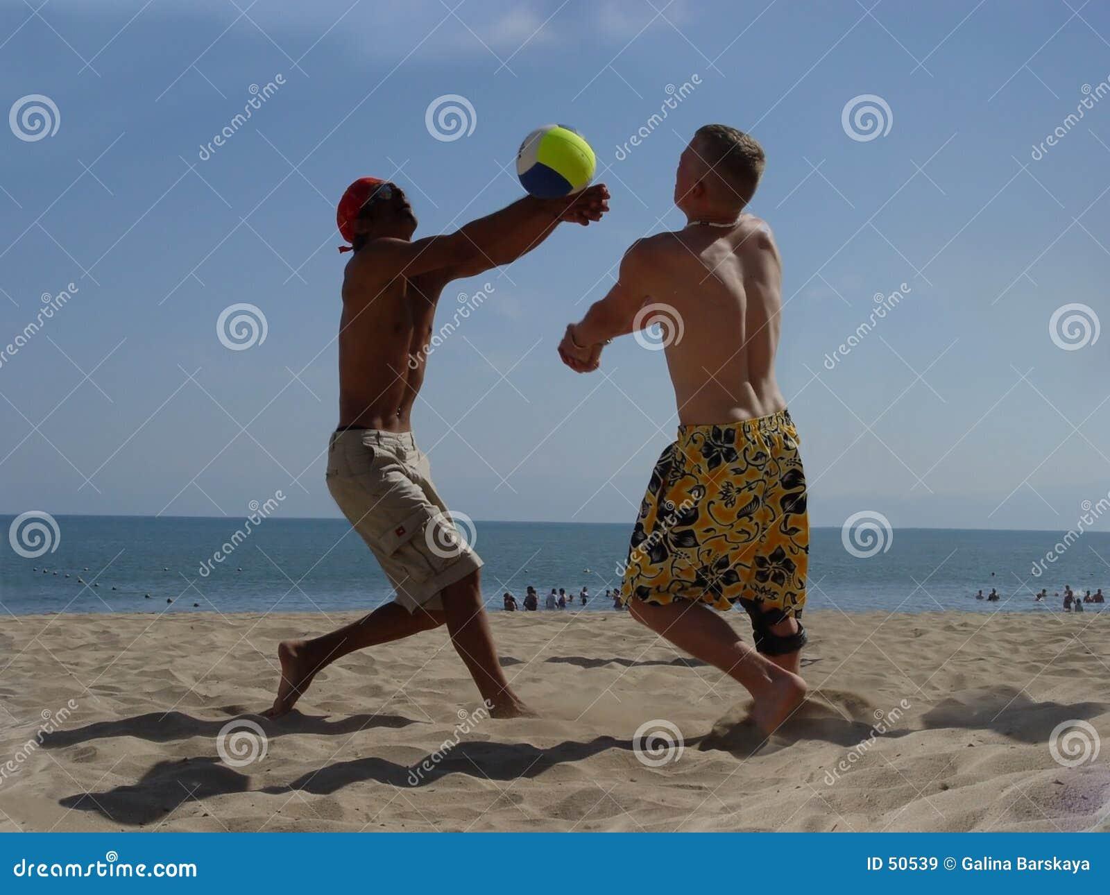 Download Volleyball de plage image stock. Image du gibiers, bleu - 50539